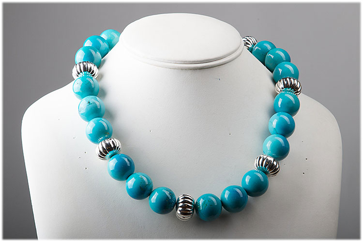 Howlite and sterling silver necklace