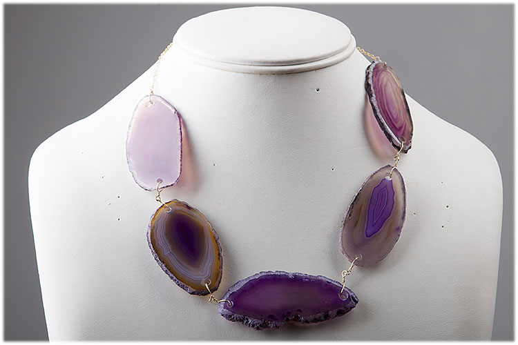 Purple agathe necklace with gold plated chain