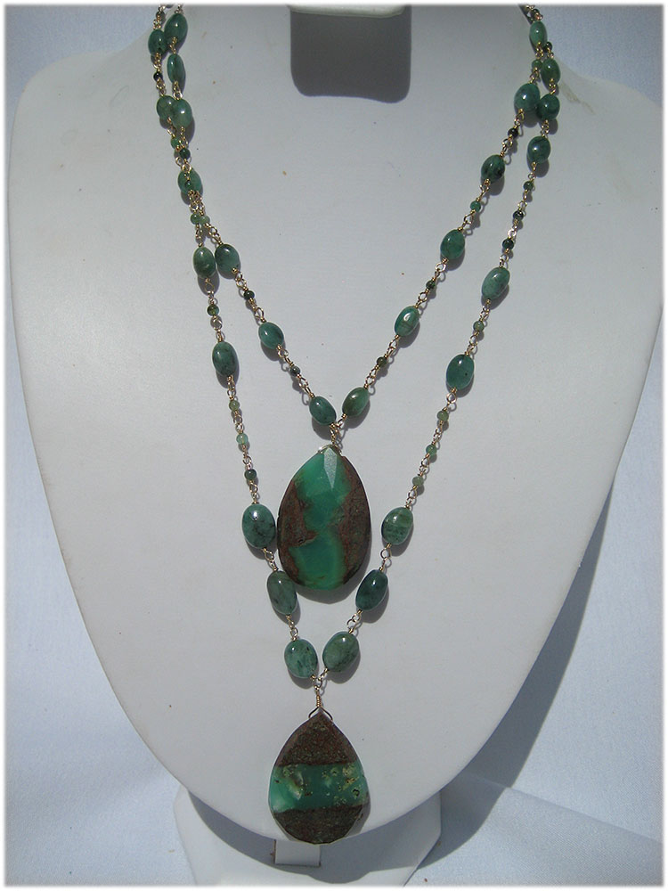 Stunning emerald and chrysocolla 2 strand necklace